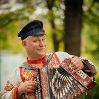 Гармонист. :: Andrei Dolzhenko
