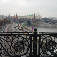 Кремлевская набережная. :: Александр Атаулин