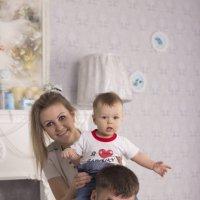 Папа, мама и я! :: Ксения Стадникова