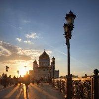 Солнце ниже,- длиннее тени... :: Юрий Кольцов