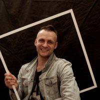 Мужской портрет с рамкой :: Albina