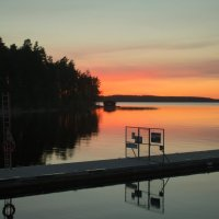 Закат на озере :: Наталья Cаруханова