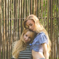 Сестринская любовь :: Андрей Макаров