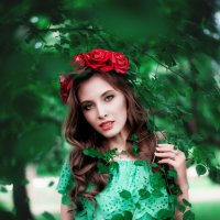 53783 :: Лина Любимова