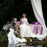 Утро невесты в лесу :: Valentina Zaytseva