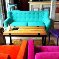 Цветная жизнь белградского бара :: Tatiana Belyatskaya