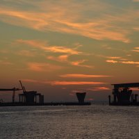 Закат на заливе :: Наталия П