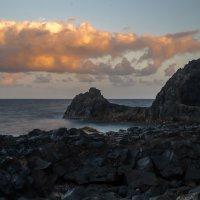Берег океана вечером :: Witalij Loewin