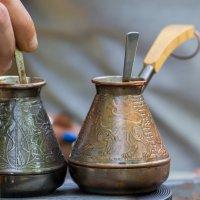 Кофе с перцем, пожалуйста! :: Юлия Горбатенко