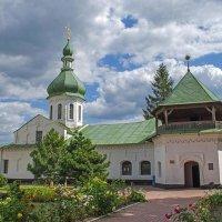 Петропавловская церковь :: Сергей Тарабара