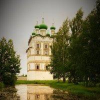 Вяжищский Николая Чудотворца монастырь. Отражение :: Ирина Шурлапова