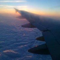 Под крылом самолёта :: ЕЛЕНА СОКОЛЬНИКОВА