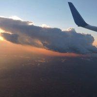 Обгоняя облака :: Ната Волга