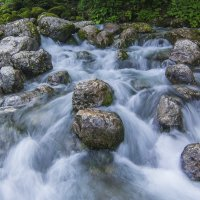 Порожистый водопадик :: Андрей Исаев