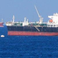 Корабли на рейде порта :: Герович Лилия