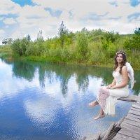 ангел у пруда :: Дина Горбачева