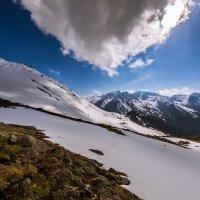 Тучка около ледника. Снято 2 июня 2016 г. :: Марат Макс