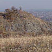 Вид на террикон бывшей  первой шахты в Донецке и на долину реки Донец :: Svetlana Shalatonova