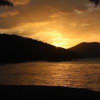 Beautiful sunset in Batu Ferringhi :: Mish Hakobian