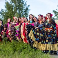 Цыганский ансамбль танца. :: Александр Лейкум