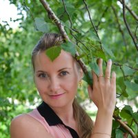Портрет в березовых листьях :: Сергей Тагиров