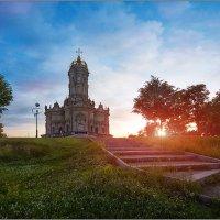 Церковь Знамения Пресвятой Богородицы в Дубровицах :: Валерий Шейкин
