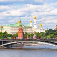 Вид на Кремль :: Галина Кубарева