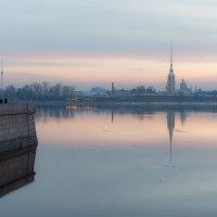 Петербург в утренней дымке :: Valerii Ivanov