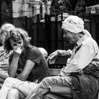 Малярши на отдыхе :: Artem Zelenyuk