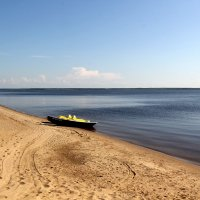 Просто пустой пляж... :: Сергей Крюков