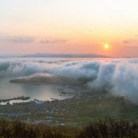 Густой туман укутывает город :: Ivan Kozlov