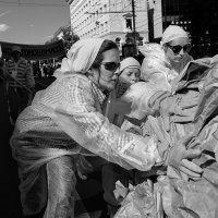 и продвигались женщины вперед :: Юрий Никульников
