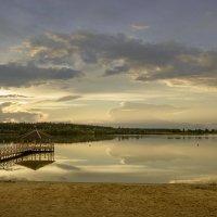 Озеро на закате :: Вячеслав