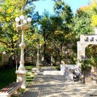 Кабардинка... в Старом парке :: Нина Бутко