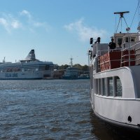 Один из портов Хельсинки, прямо в центре города. :: Евгений Никифоров