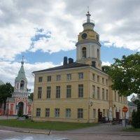 Хамина. Православная церковь Св. Петра и Павла. Ратуша :: Елена Павлова (Смолова)