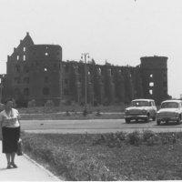 Стена знаменитого замка. Калининград. 1965г. :: Татьяна Юрасова