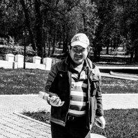Художник улиц :: Светлана Шмелева