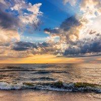 Вечер у моря :: Леонид Соболев