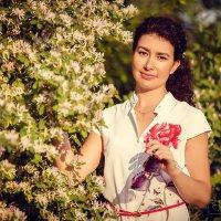 Теплый летний вечер пропитан нежными запахами цветов и растений... :: Аннета /Анна/ Шу