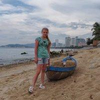 девушка и лодка :: Dmitry i Mary S