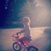 Дети и велосипед :: Танечка Марченко