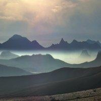 Коктебель - долина синих гор :: viton