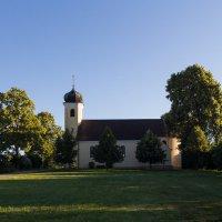 Деревенская церковь :: Waldemar .