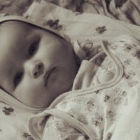 Серьезная Малышка! :: Eva Tisse