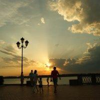 Красивый вечер  в Самаре :: nika555nika Ирина