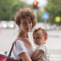 Портрет на городском перекрёстке. :: Ольга