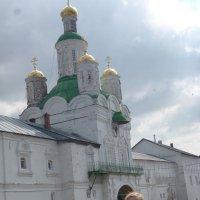 Вход в монастырь. :: шубнякова