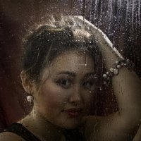 В городе дождь :: Inna Melgunova