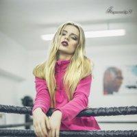 Блондинка на ринге :: Вячеслав